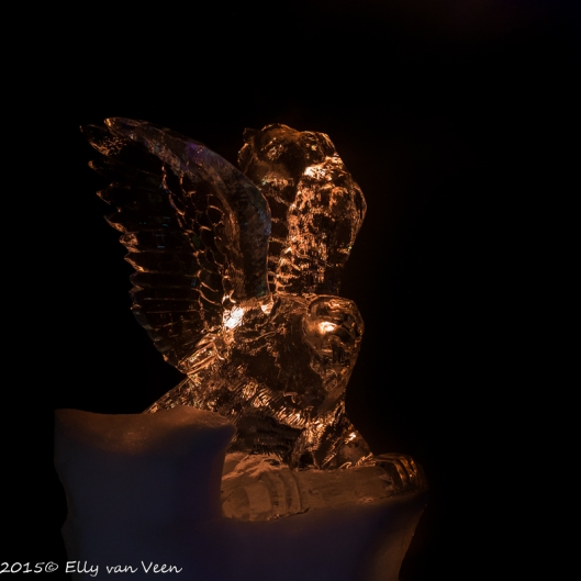 Sculptuur van een adelaar