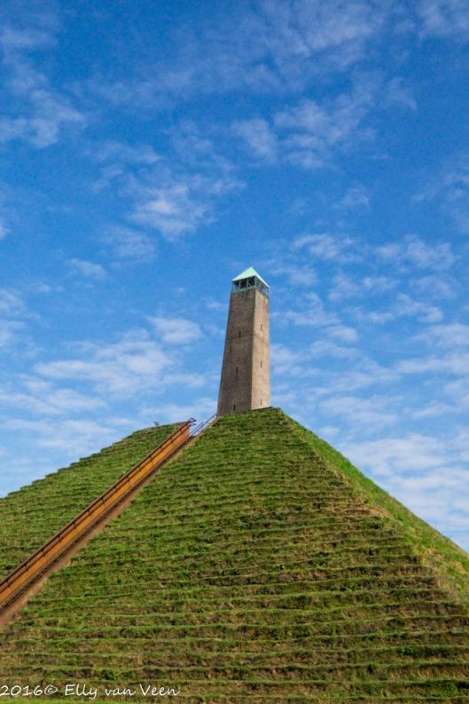 pyramide-austerlitz-2